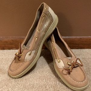 Tan with gold sparkle Sperry size 11